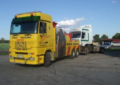 ACTROS 008